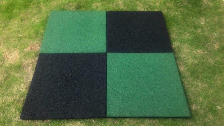 地墊配置參考  綠黑配