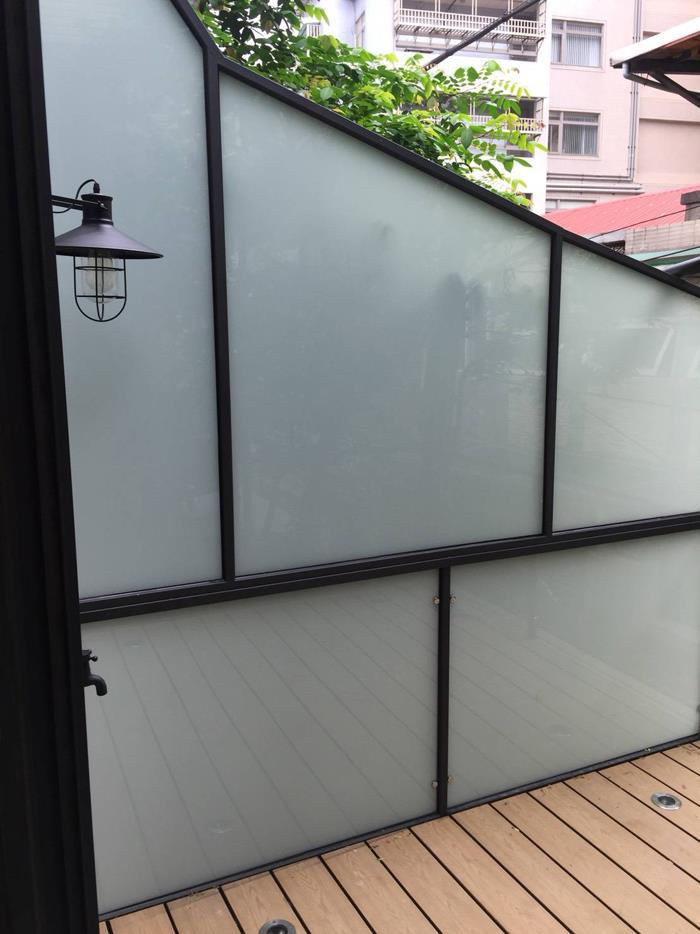 陽台膠合玻璃