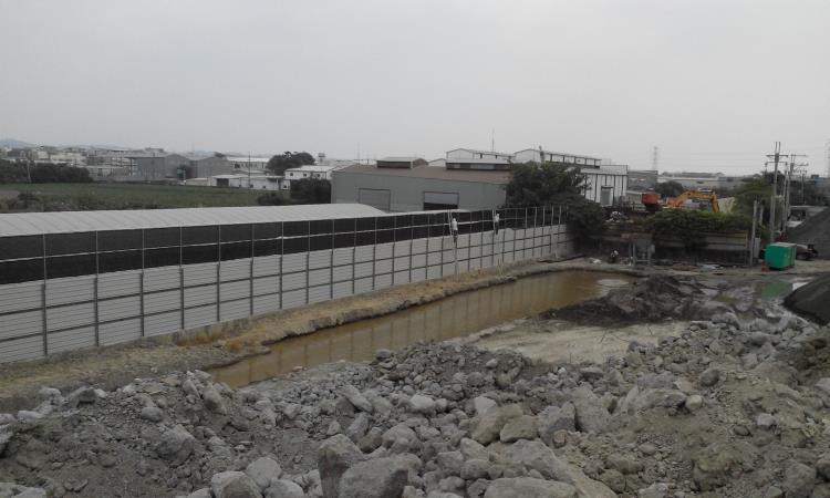 砂石場圍籬