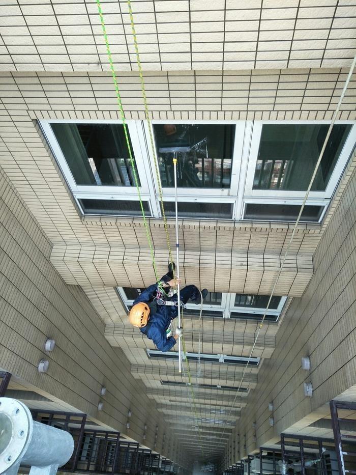 高空雙繩清洗作業