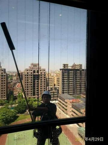 新北市洗窗機吊籠作業