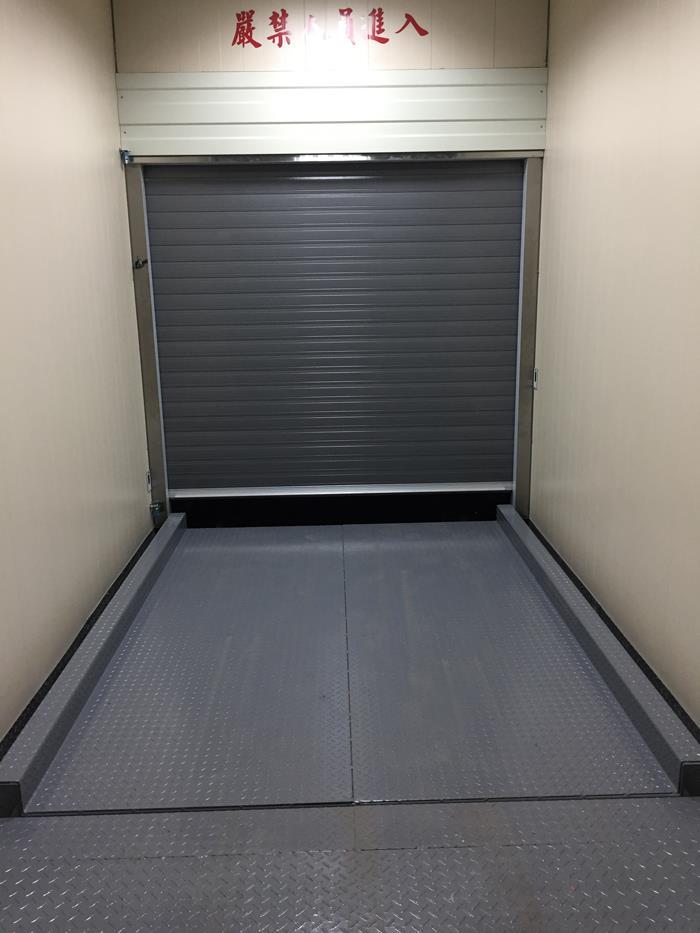 五股輸送電梯