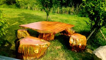 水泥仿木桌椅