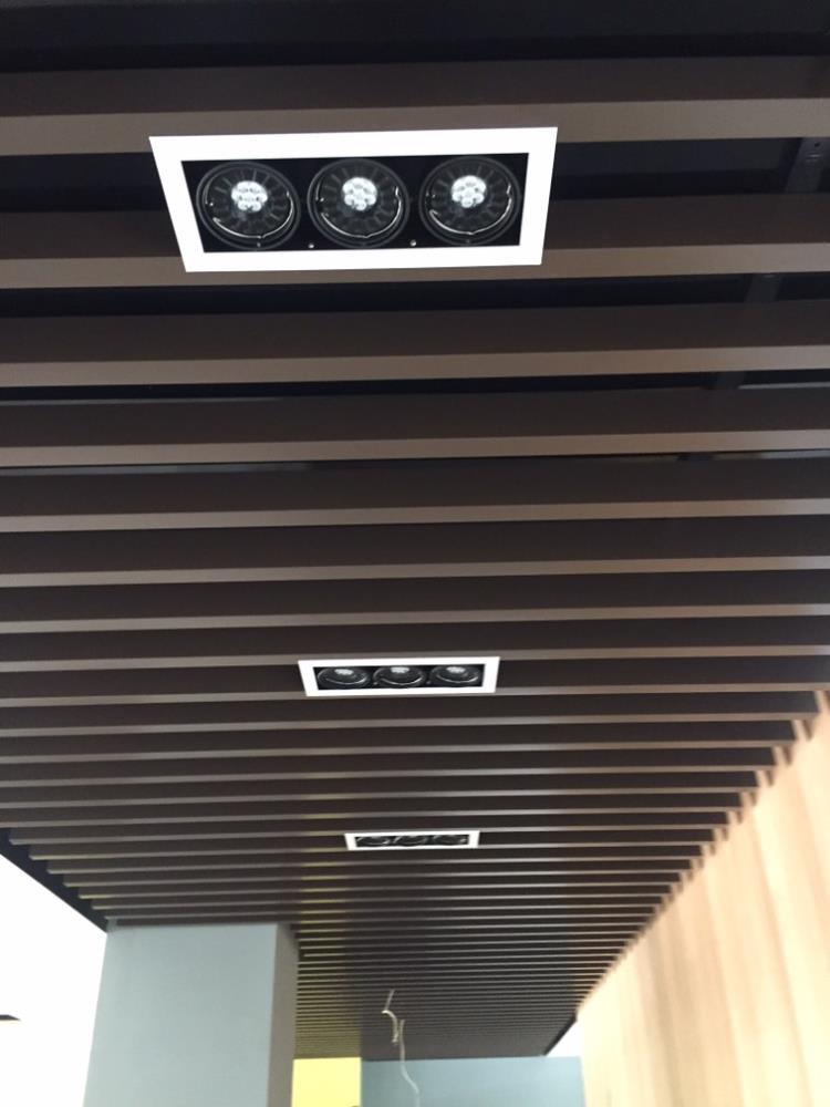 9-鋁障板天花、鋁障板