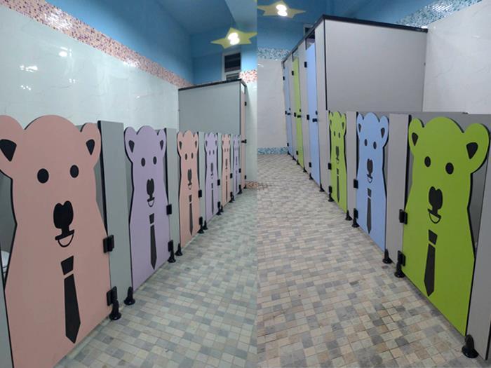 狗狗造型隔間廁所