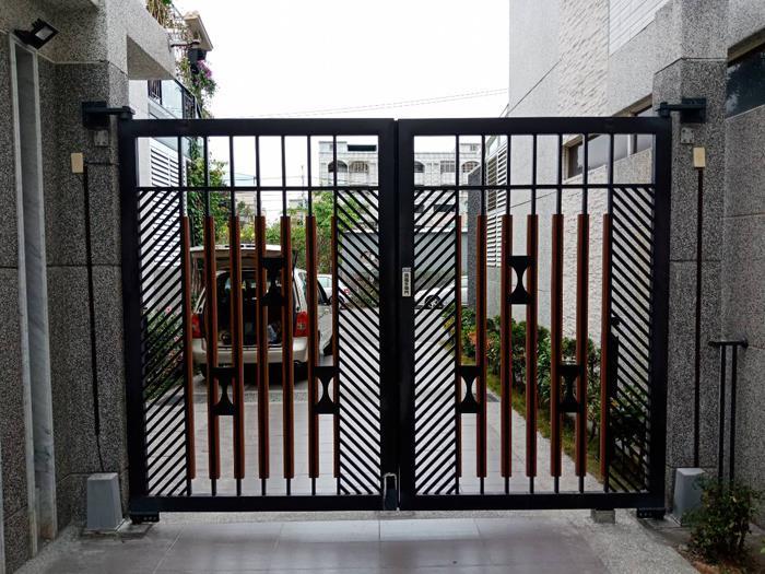 中庭景觀大門