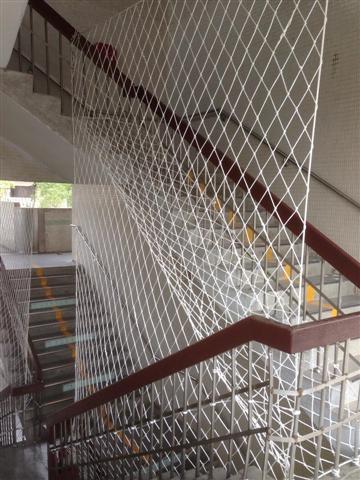 樓梯間防護網
