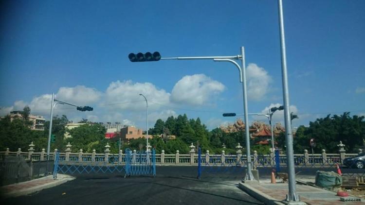 紅綠燈安裝工程、LED紅綠燈號誌工程