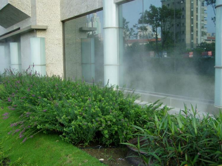 自動噴灌工程