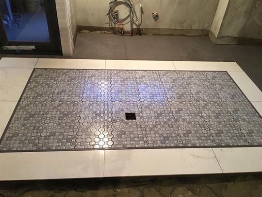 地磚舖設施工-1