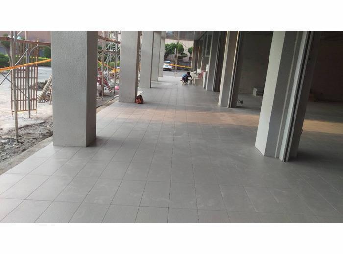 地磚舖設施工-5
