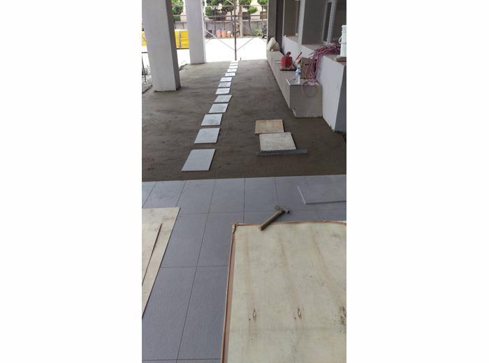 地磚舖設施工-16