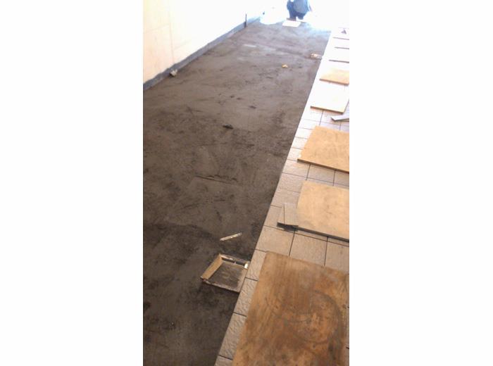地磚舖設施工-19