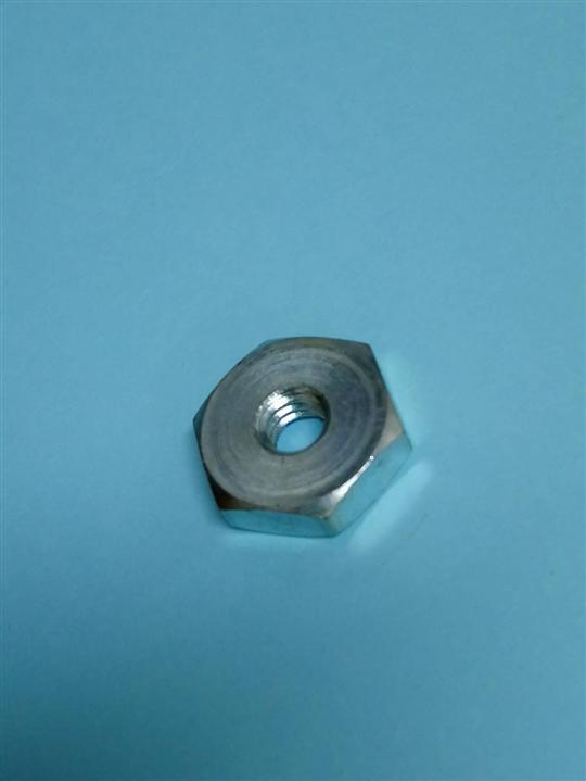 自動車床/CNC車床/專業製造/螺帽各式各樣尺寸皆可訂購。