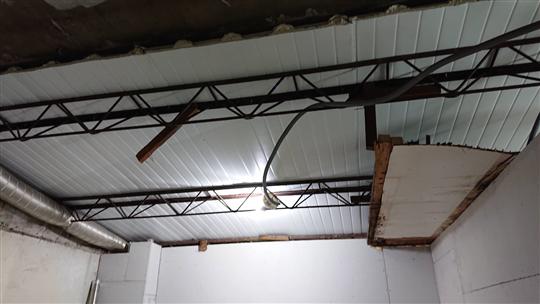 鋼架天花板
