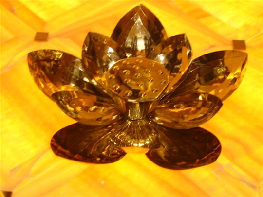 鈦金鍛造立體蓮花