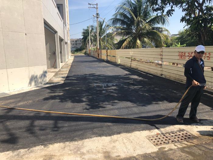 瀝青混凝土施工-建商新建住家道路