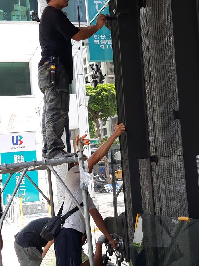 大台北玻璃安裝工程