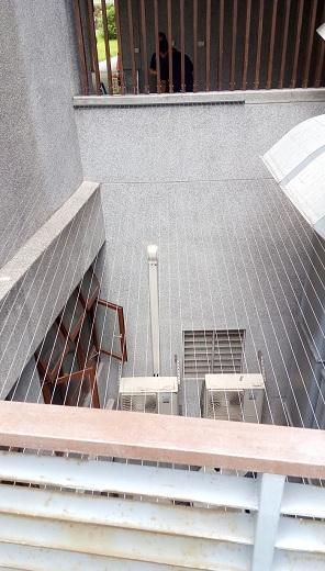 隱形鐵窗-露臺天井