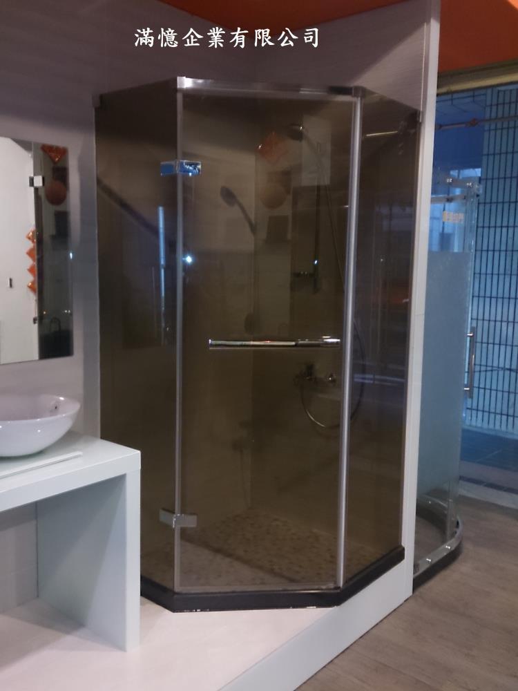 五角型茶色玻璃淋浴拉門