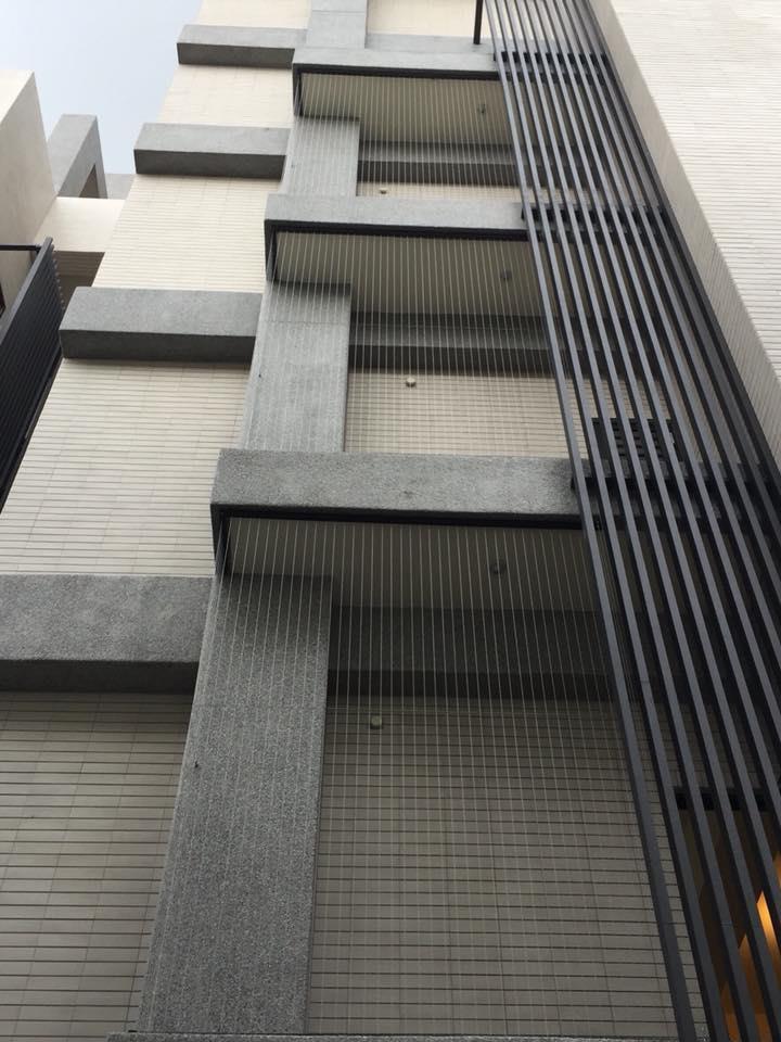 25-不銹鋼隱形鐵窗、隱形鐵窗防護網0917-762-979