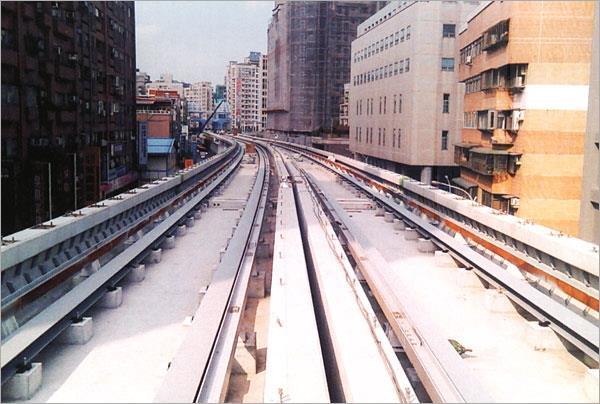 14-型鋼彎曲軌道工程、捷運軌道工程