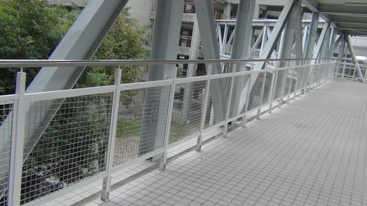 37-不銹鋼圓管鐵網欄杆02-24320498