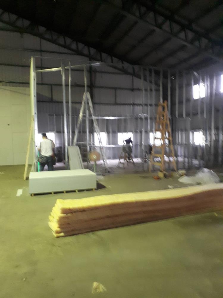 輕鋼架工程