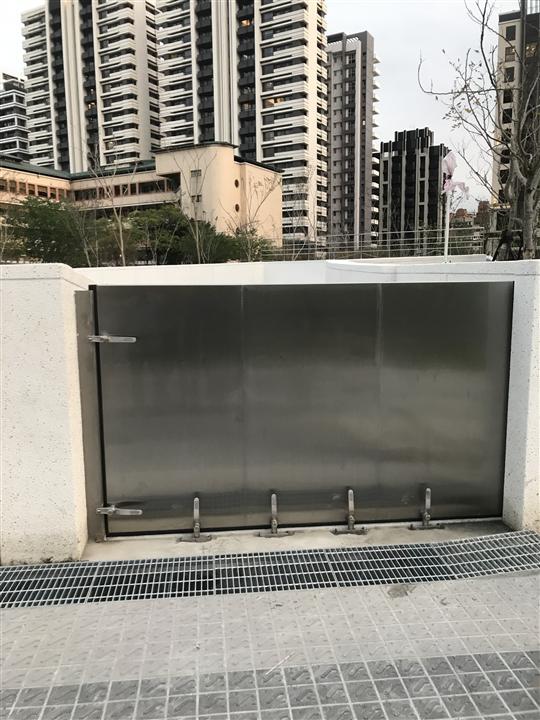 新莊單開防水閘門