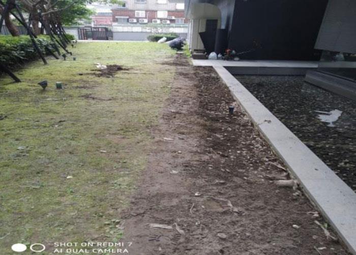 石板步道改鋪移除清理中