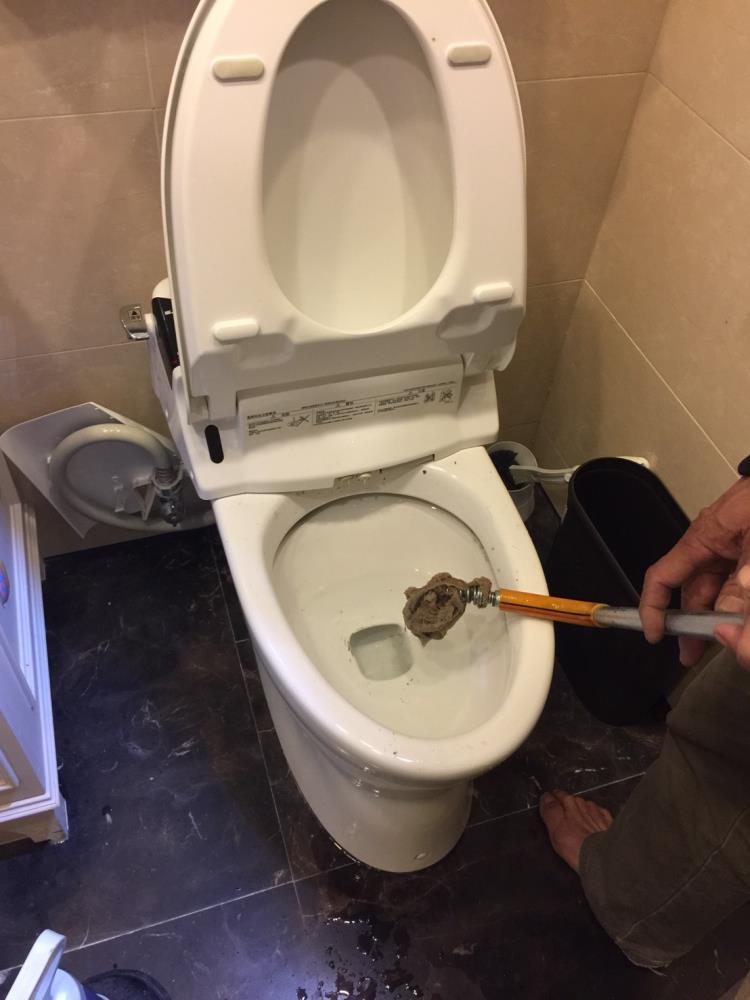 大安區通馬桶通水管 水電行專線:0932-028125 呂先生