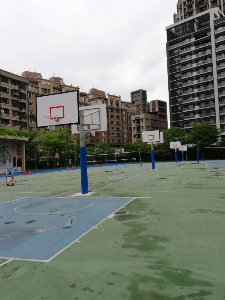 不銹鋼籃球架(雙籃板)