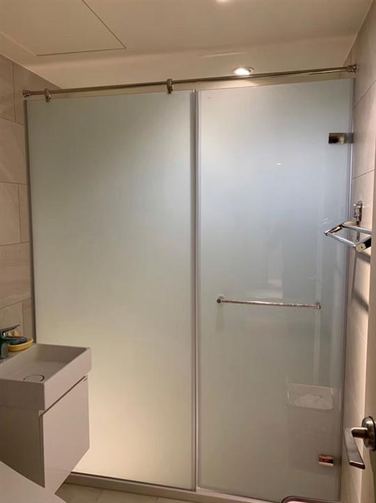 浴室玻璃工程