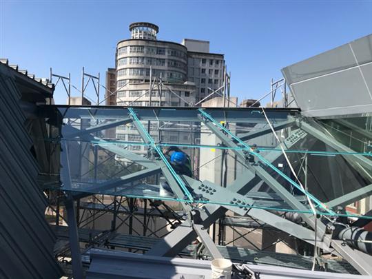 大台中玻璃工程