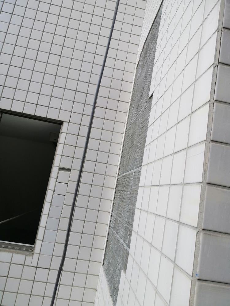 外牆磁磚修繕-施工前
