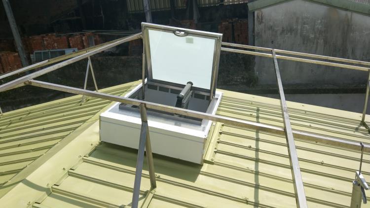 10-鐵皮屋頂人孔蓋