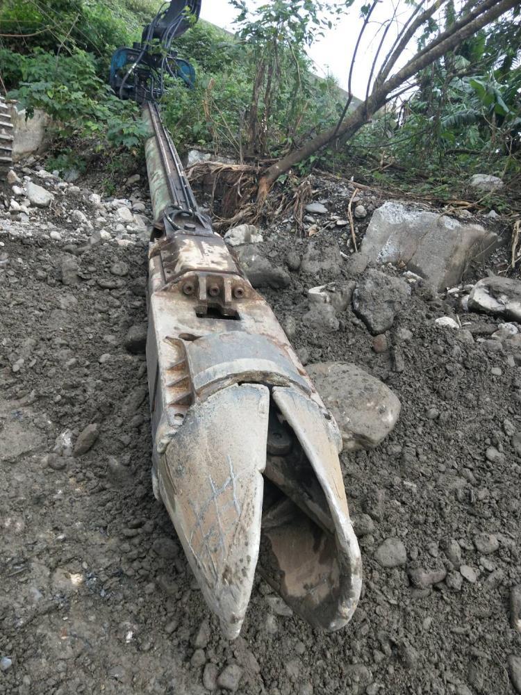 全套管抓掘式施工
