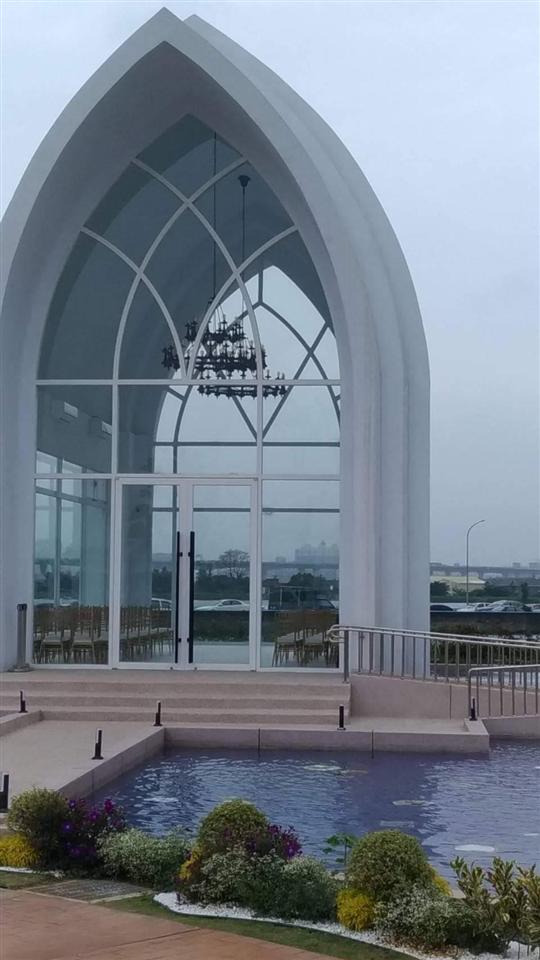 藝術門及造型玻璃帷幕