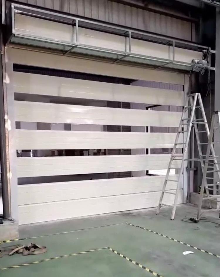 防火捲門折疊式