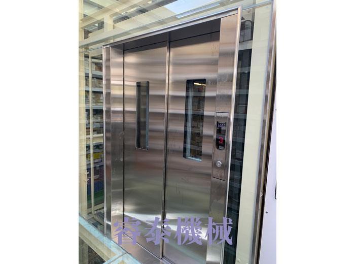 油壓客貨用電梯-14