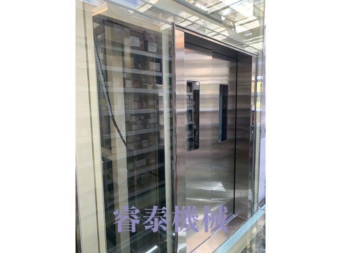 油壓客貨用電梯-13