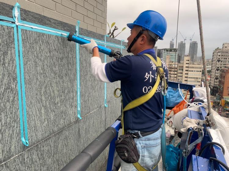 外牆石材矽膠更新
