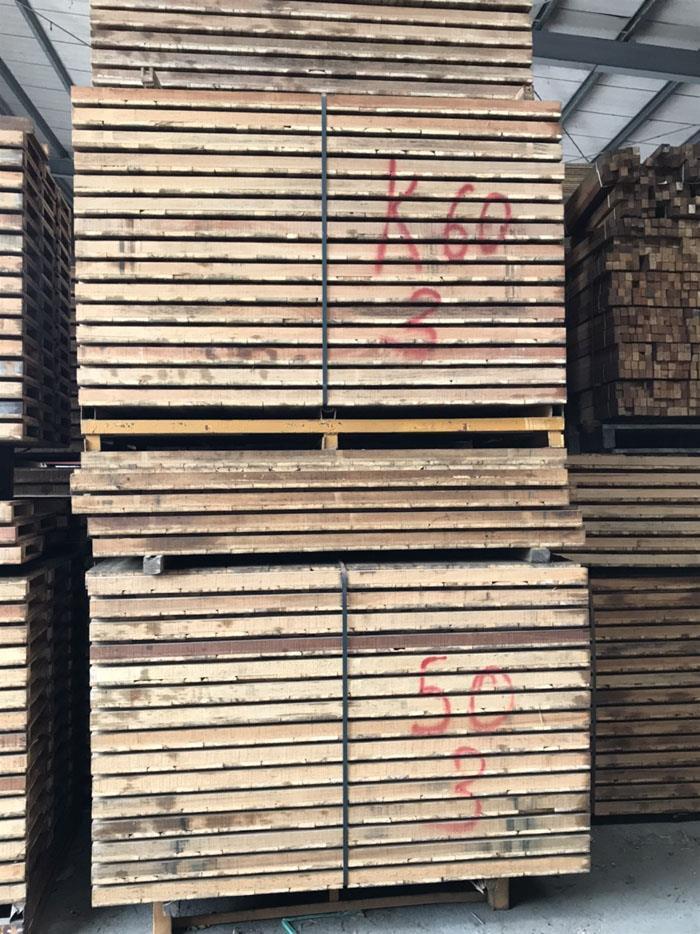 建築杉木模板
