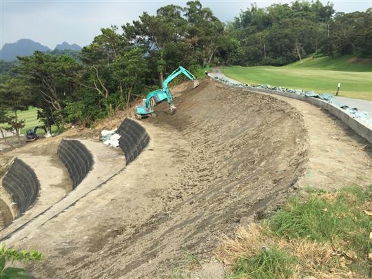 5- 霧峰高爾夫球場-擋土牆護坡