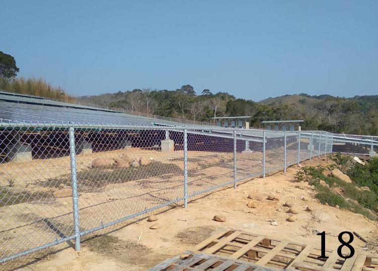 金屬網圍籬
