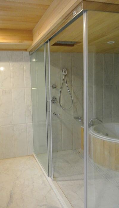 13- HS系列無框橫拉淋浴門