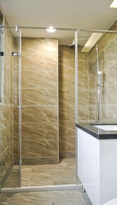 20- WG.GG系列 全不銹鋼自由鉸鍊 無框淋浴門-二固一活(減力桿)