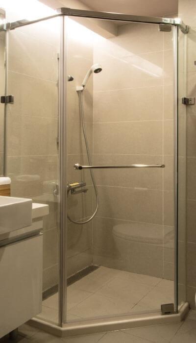 26- HG系列-全不銹鋼天地鉸鍊無框淋浴門-五角型