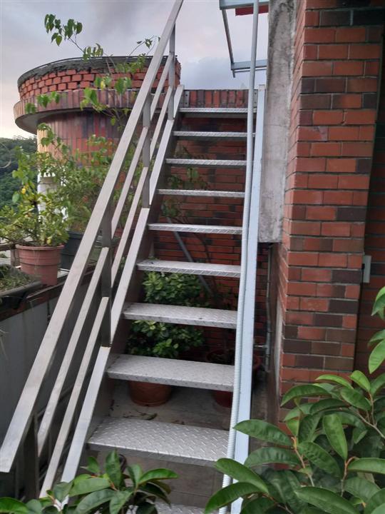 大台北樓梯欄杆工程