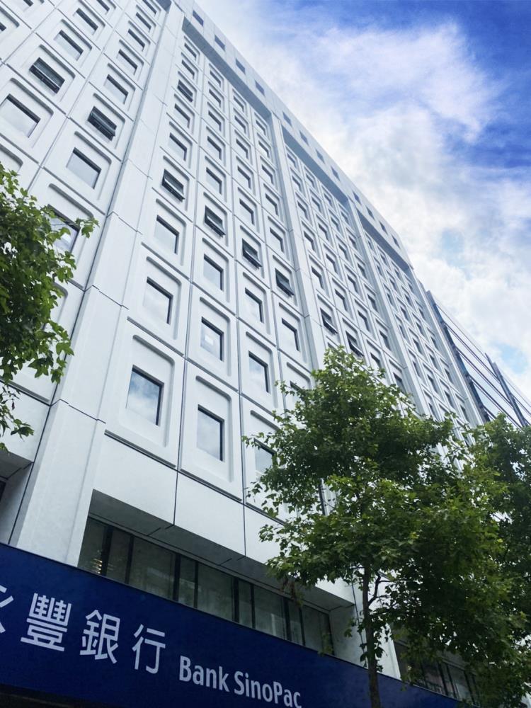 永豐銀行營業總部-外牆整新工程(鋁包板拉皮)